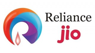 Reliance asks staff to stop using mobile service of other operators